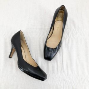 COLE HAAN Black Leather Carma Air Mid Pump Heel